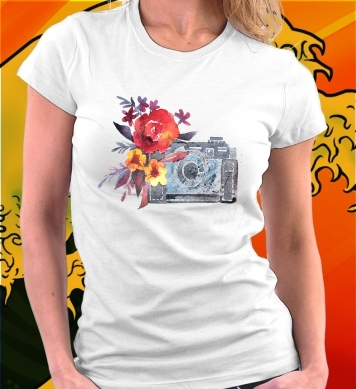 Фотоаппарат с цветами