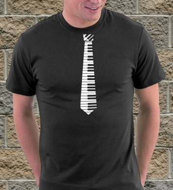 Пианино на шее