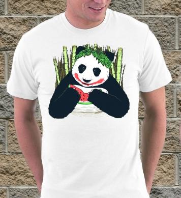 Панда ест арбуз
